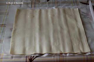 antipasti di pasta sfoglia ai semi di sesamo e papaveri