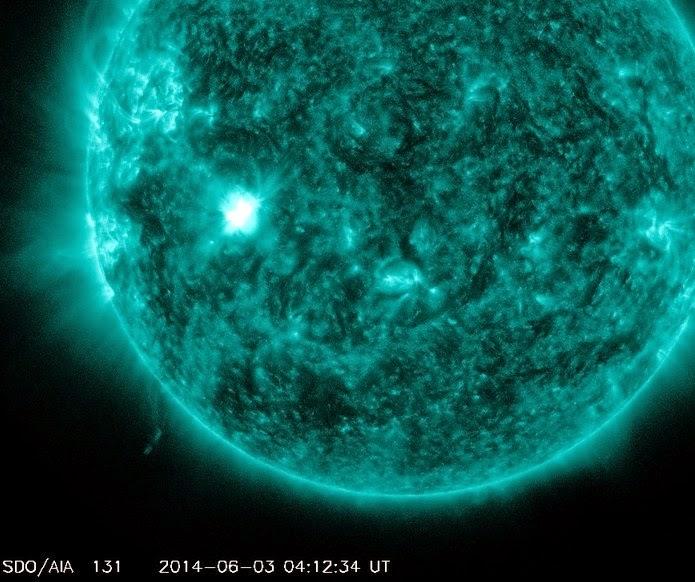 Una llamarada solar impulsiva M1.3 estalló el 3 de junio de 2014