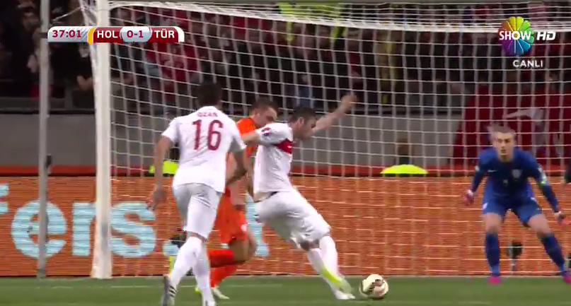 Burak Yılmaz'ın Hollanda'ya attığı müthiş gol izle