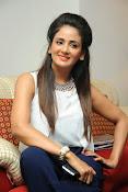 Parul Yadav Glamorous Photos-thumbnail-14