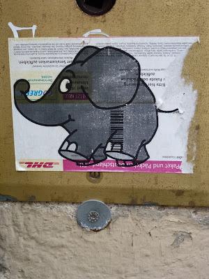 Der Elefant (auf DHL-Sticker) - von der Sendung mit der Maus in der Reichenbachstraße