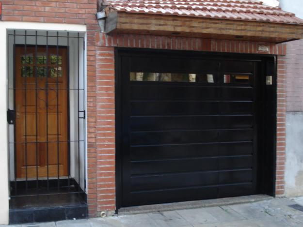 Herreria de obra lo de olea diferentes tipos de portones for Garajes automaticos