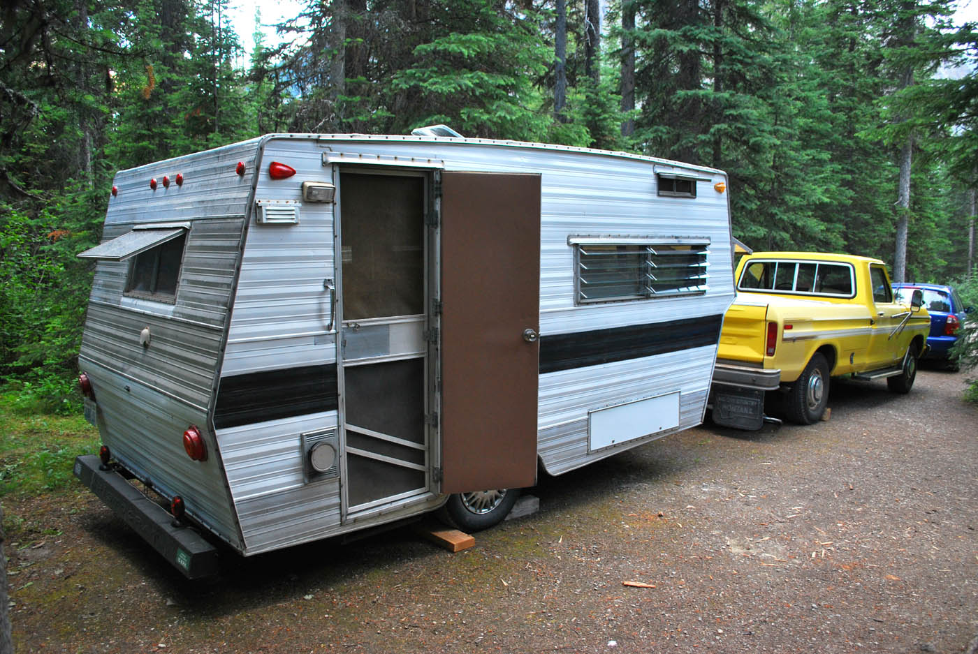 1969 Aristocrat Lo Liner Vintage Camper Trailers For Sale ...