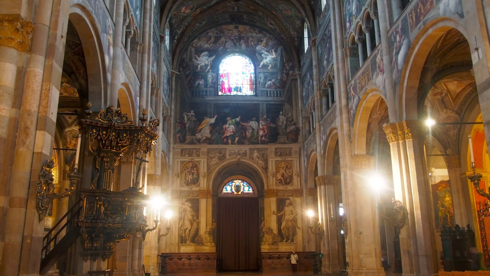 Parma 39 S Cathedral Departs From The Simple Basic Piers That Are A