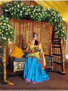 Bridal-Mehndi-Dress-2013