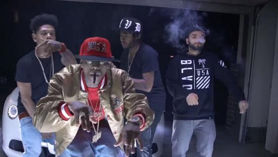 Soulja Boy - Pull Up & Hop Out The Vert [Vídeo]