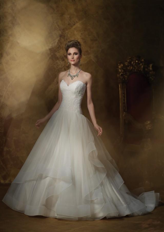 Lindos vestidos de novias | Colección James Clifford