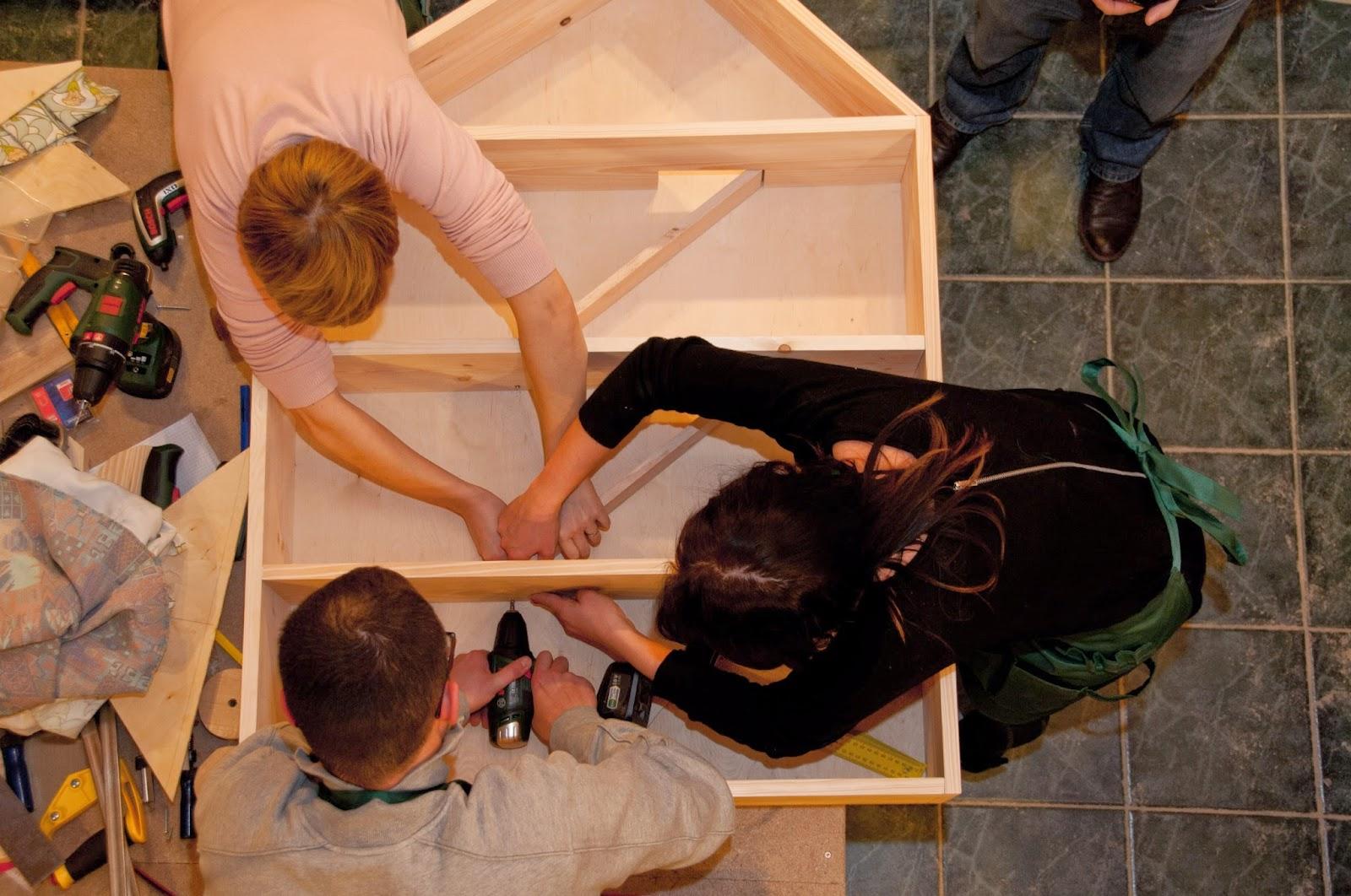 drewniany domek dla chłopców, domek dla lalek DIy,zrób to sam krok po kroku DIY
