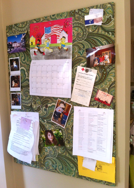 Love that max an easy diy fabric covered bulletin board for Diy fabric bulletin board ideas