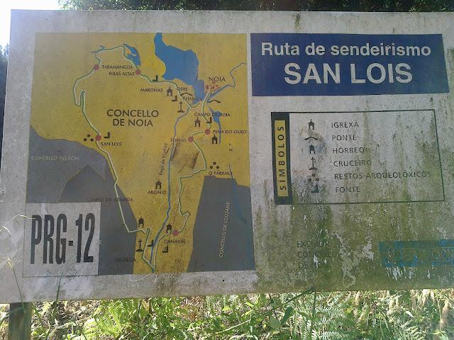 Cartel de la Ruta de senderismo San Lois Noia