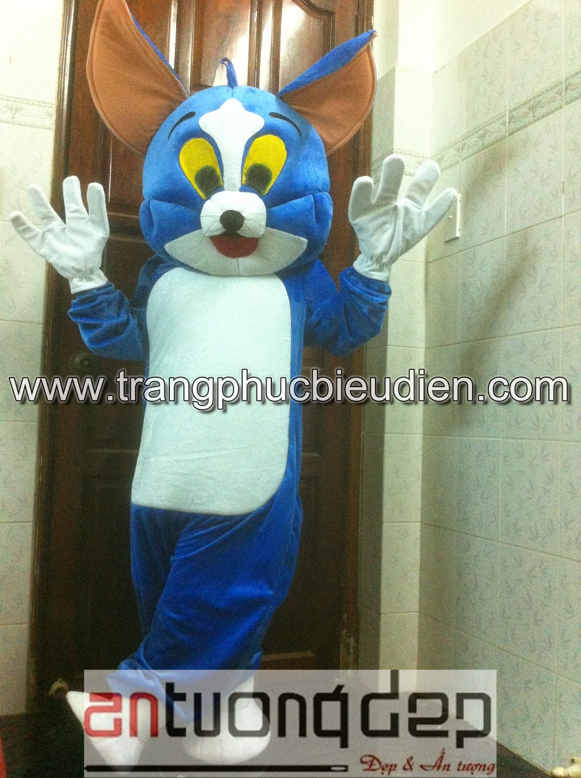 may bán mascot thú rối tom và jerry