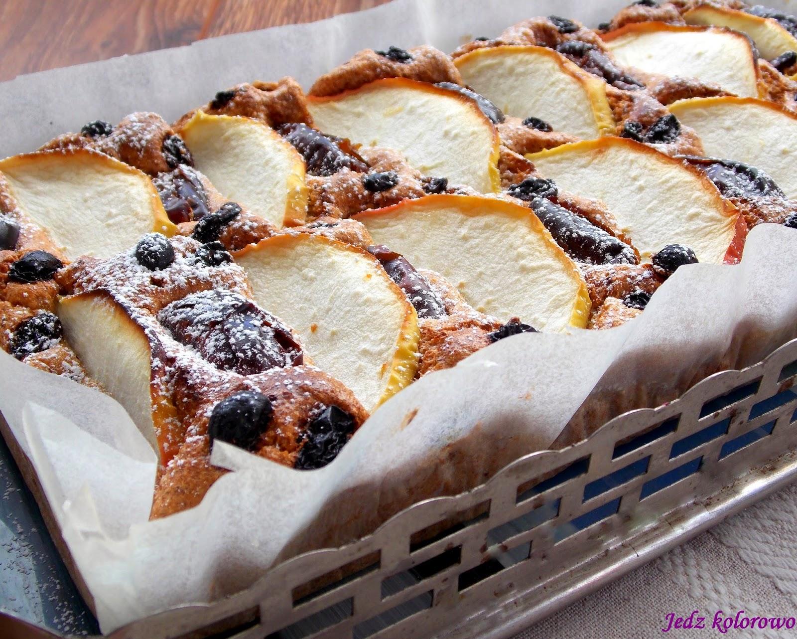 ciasto migdałowe z daktylami