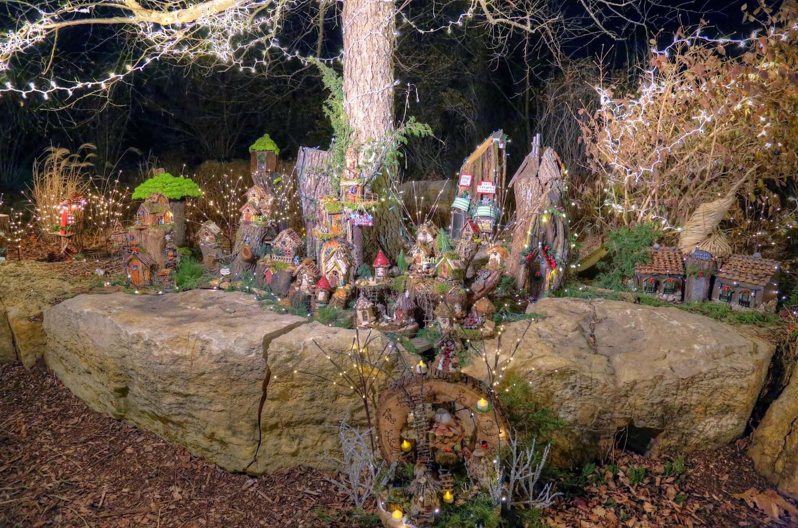 John and Sigrid\'s Adventures: Overland Park Arboretum Holiday ...