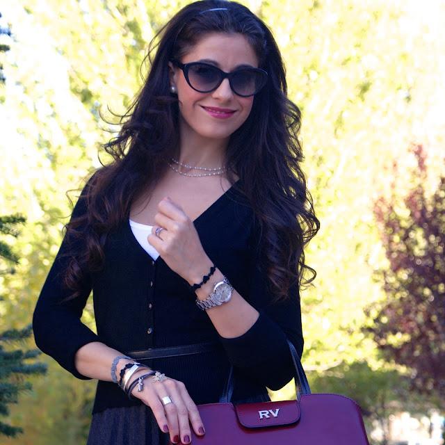 LaCaprichossa-Look Lady-Falda Midi Massimo Dutti-Zapatos CHAROL MENBUR-BOLSO BURDEOS ROBERTO VERINO-PULSERAS CRUCIANI-YANES YOUNG-