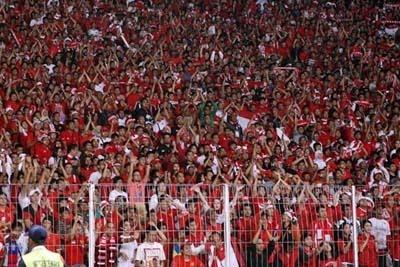 penonton bola indonesia yang ektrem