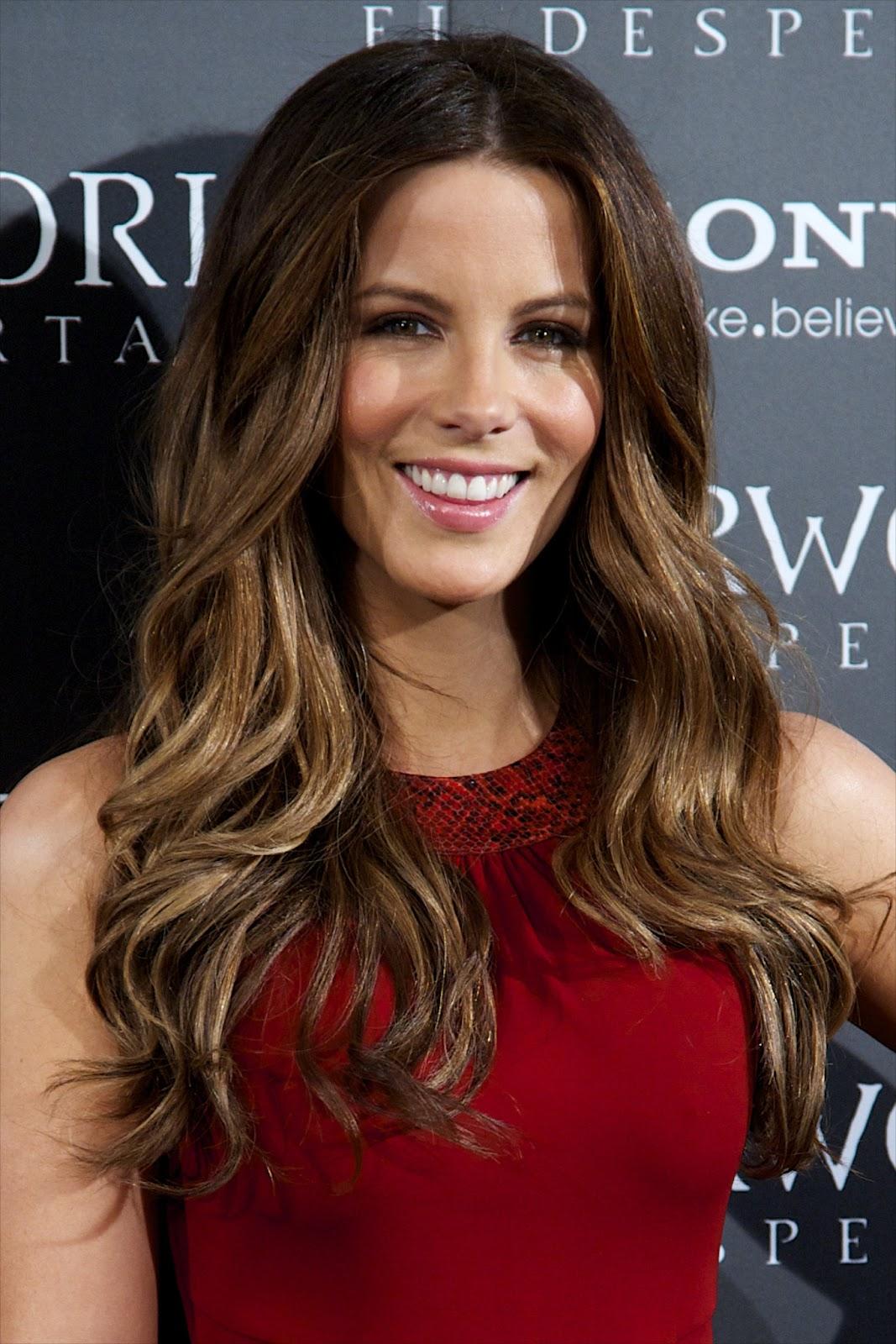 Celebrity Pics: Kate B...