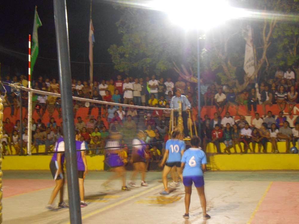 Turnamen Voli 2013
