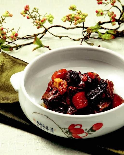 Rehmanniae radix preparat and ribs stew