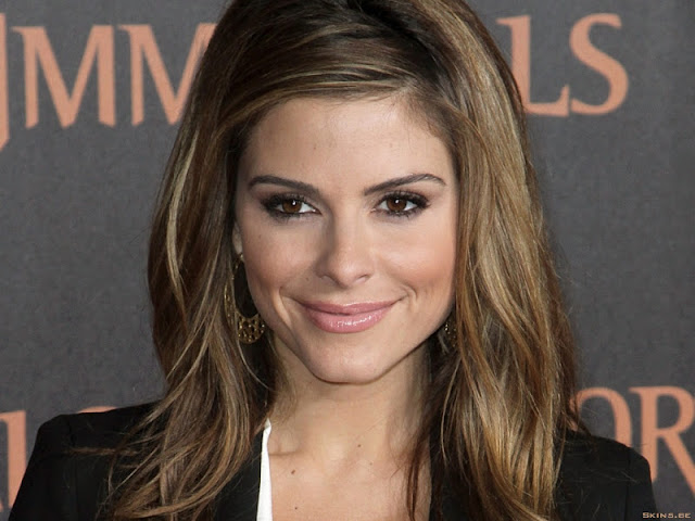 Maria Menounos Biography and Photos