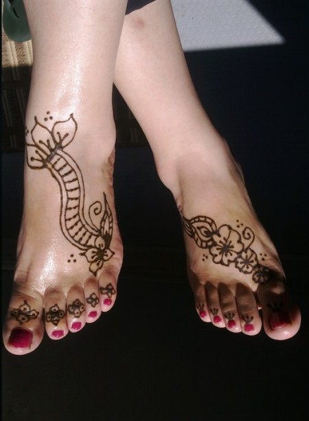 Beautiful Feet Mehndi Designs : Latest mehndi design for hands beautiful