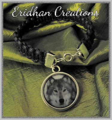 macrame wolf bracelet