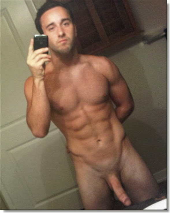 Amature Naked Boy Selfie