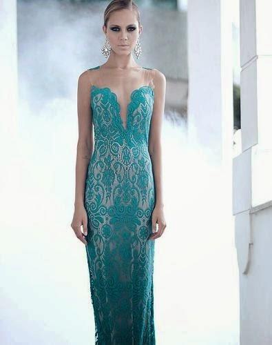 vestido longo com decote e renda azul - modelos e dicas