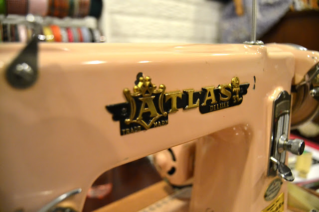 Flashback Summer:  Meet Phoebe, My 1950s Sewing Machine!
