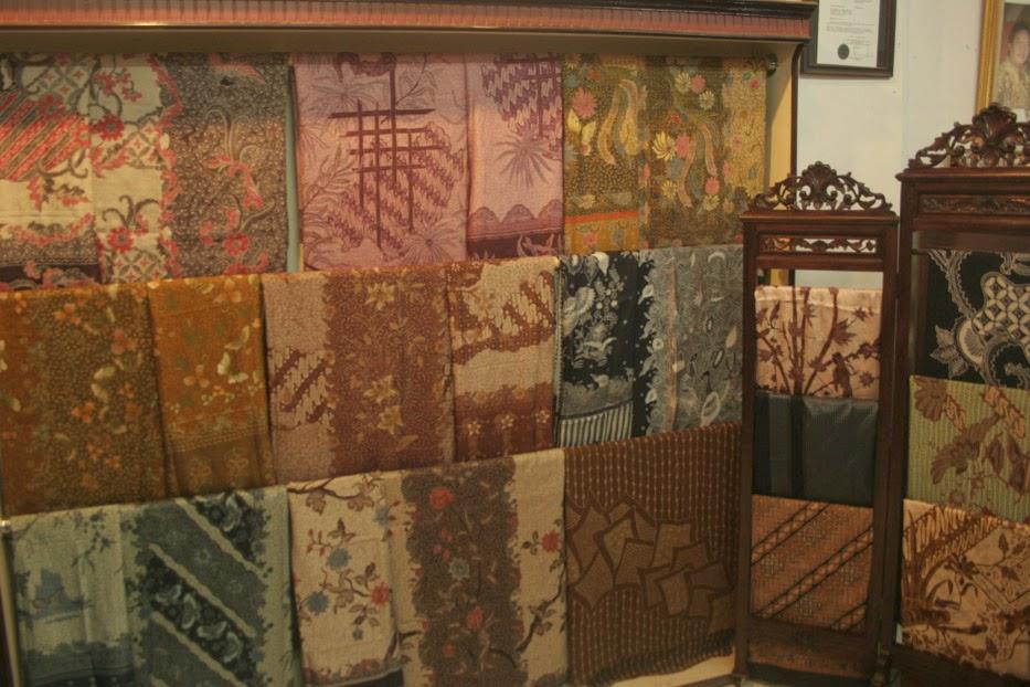 Tips Agar Warna Batik Tak Cepat Pudar