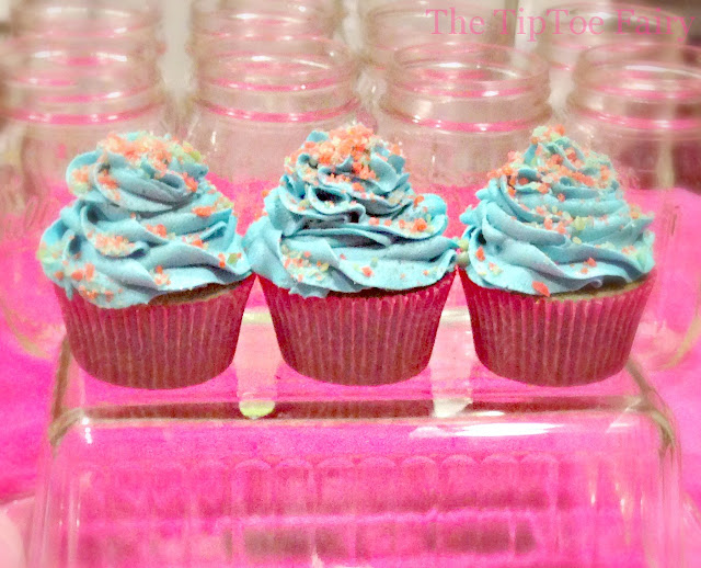 Cotton Candy Cupcakes - turn white cake into these fun little treats! #cake #cupcake #food