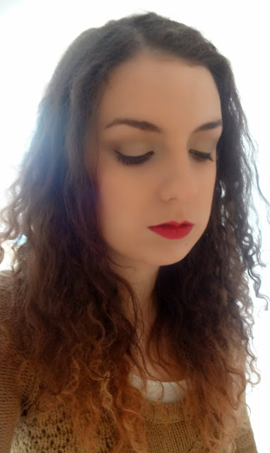 Golden Christmas Makeup Look