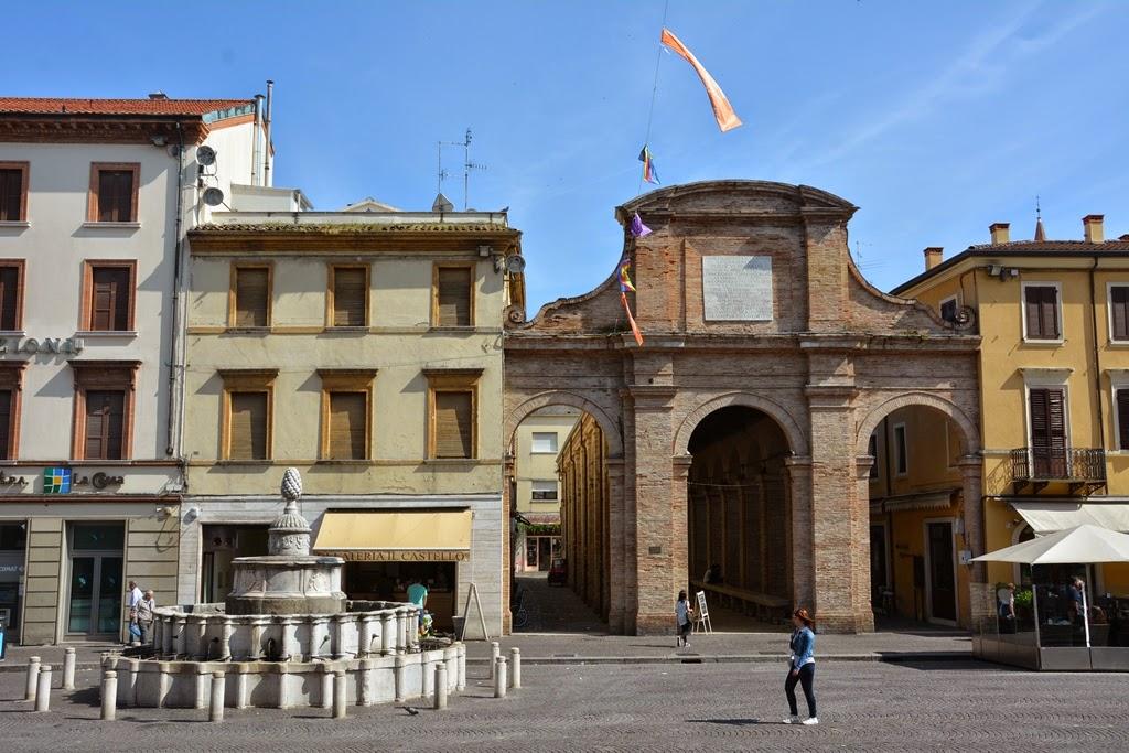Piazza Cavour Rimini fish market