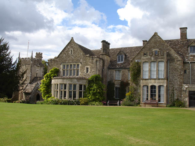 This is Chavenage House, located near Tetbury, Gloucestershire, which  doubles as Styles Court in The Mysterious Affair at Styles (1990).