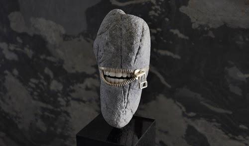 07-Laughing-Stone-Sculptor-Hirotoshi-Ito-aka-jiyuseki-Stone-Art-Sculptures-www-designstack-co
