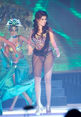 Hirunika Premachandra in bikini - Lanka Space