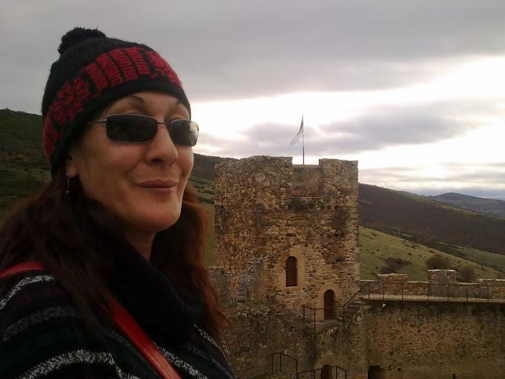 Castillo de Cornatel (León)