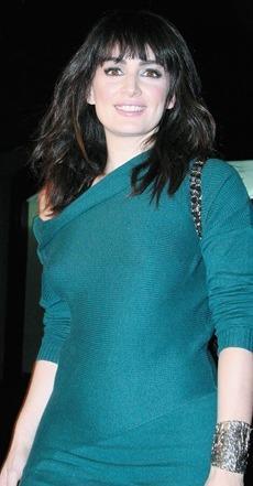 Ana de la Reguera con cabello lacio