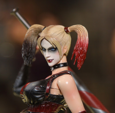 Square Enix Play Arts 2013 Toy Fair Display - Arkham City Harley Quinn figure
