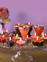 Лесна украса за Свети Валентин с фруктиера със свещи