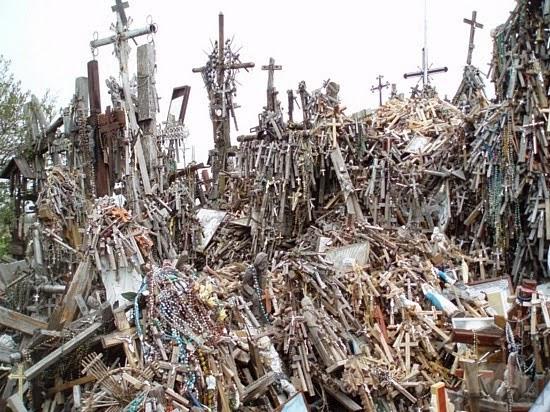 Cruzes e crucifixos
