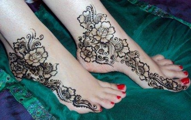 Mehndi Feet Photo : Easy and simple mehndi designs for feet 2012 ~