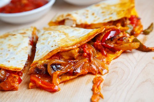 Chicken Fajita Quesadillas on Closet Cooking