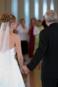 Wedding DJ Father Daughter Dance 201x300 O pai da noiva...!
