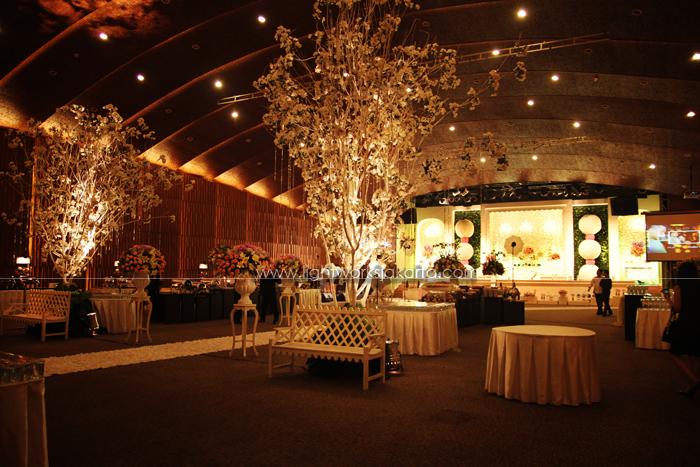 Concept of wedding garden wedding concept garden wedding concept junglespirit Images