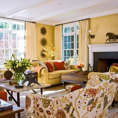 Living room design with butter yellow colored with gold for Decorate my living room