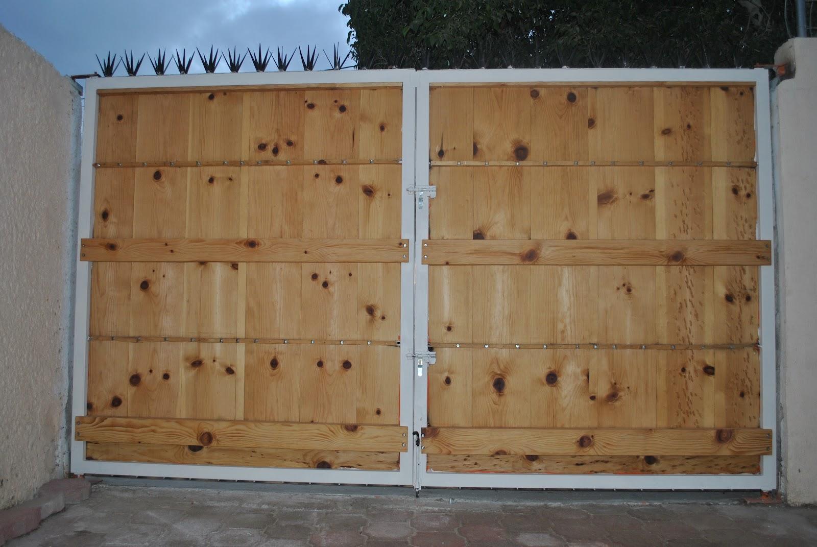 Mantenimientodomestico industrial agosto 2012 for Saguan de madera