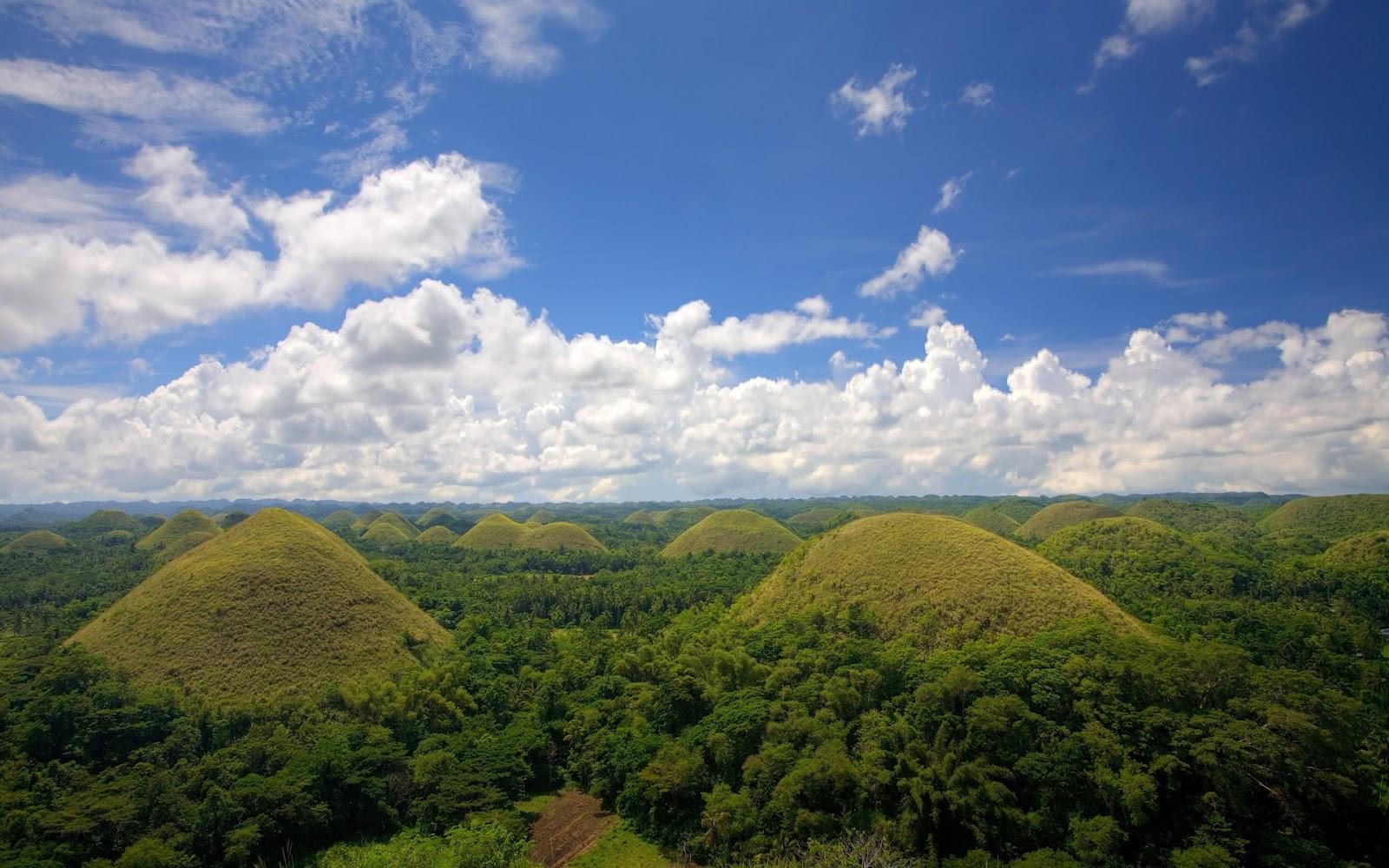 http://3.bp.blogspot.com/-0HRix3J1gBg/Tz6DDFXi3rI/AAAAAAAADOU/J4GiqOTlQdk/s1600/Chocolate+Hills,+Bohol+island,+Philippines.jpg