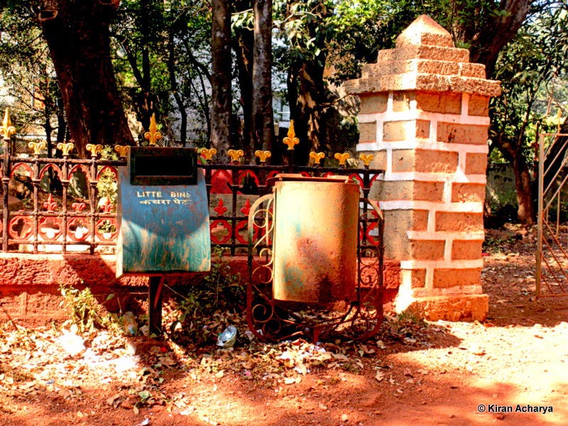 Matheran- Two trash cans