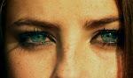 Sé que en tus ojos todavía hay amor..