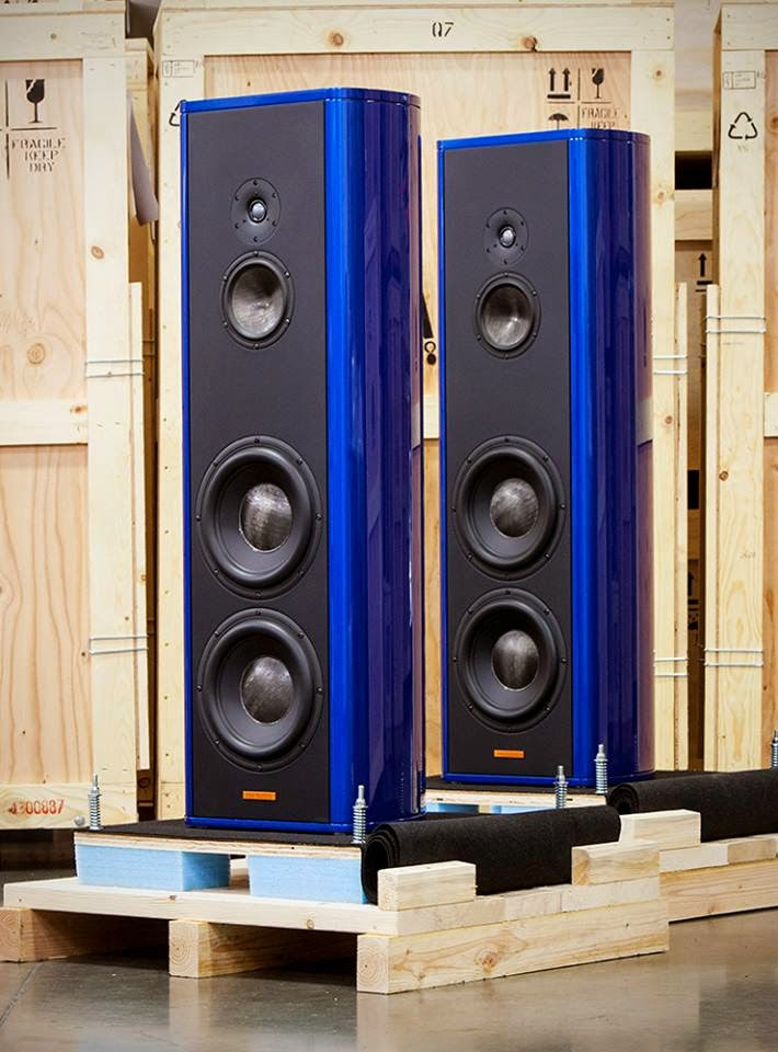Mono and Stereo High-End Audio Magazine: Magico S5 in blue ...